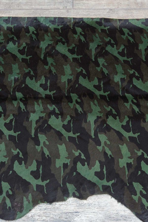 Erdogan Deri Calfskin Rug With Camouflage Pattern Green