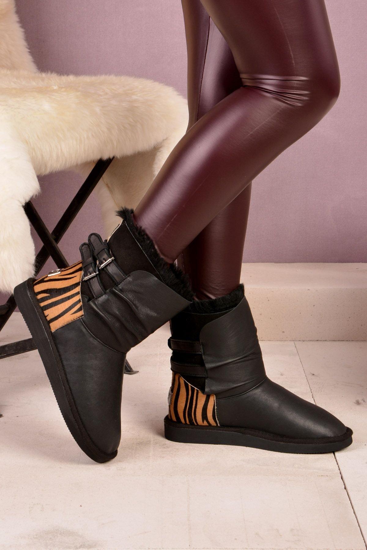 Pegia Women Uggs From Genuine Fur Black