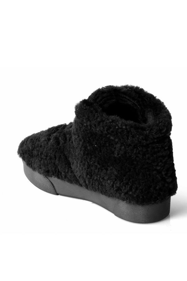 Pegia Women Boots From Genuine Fur Black