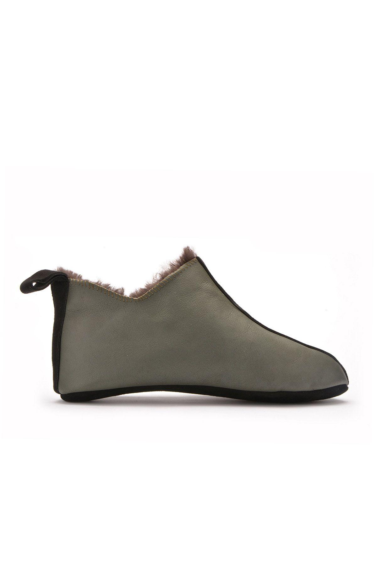 Pegia Hakiki Kürk Erkek Ev Ayakkabısı Haki
