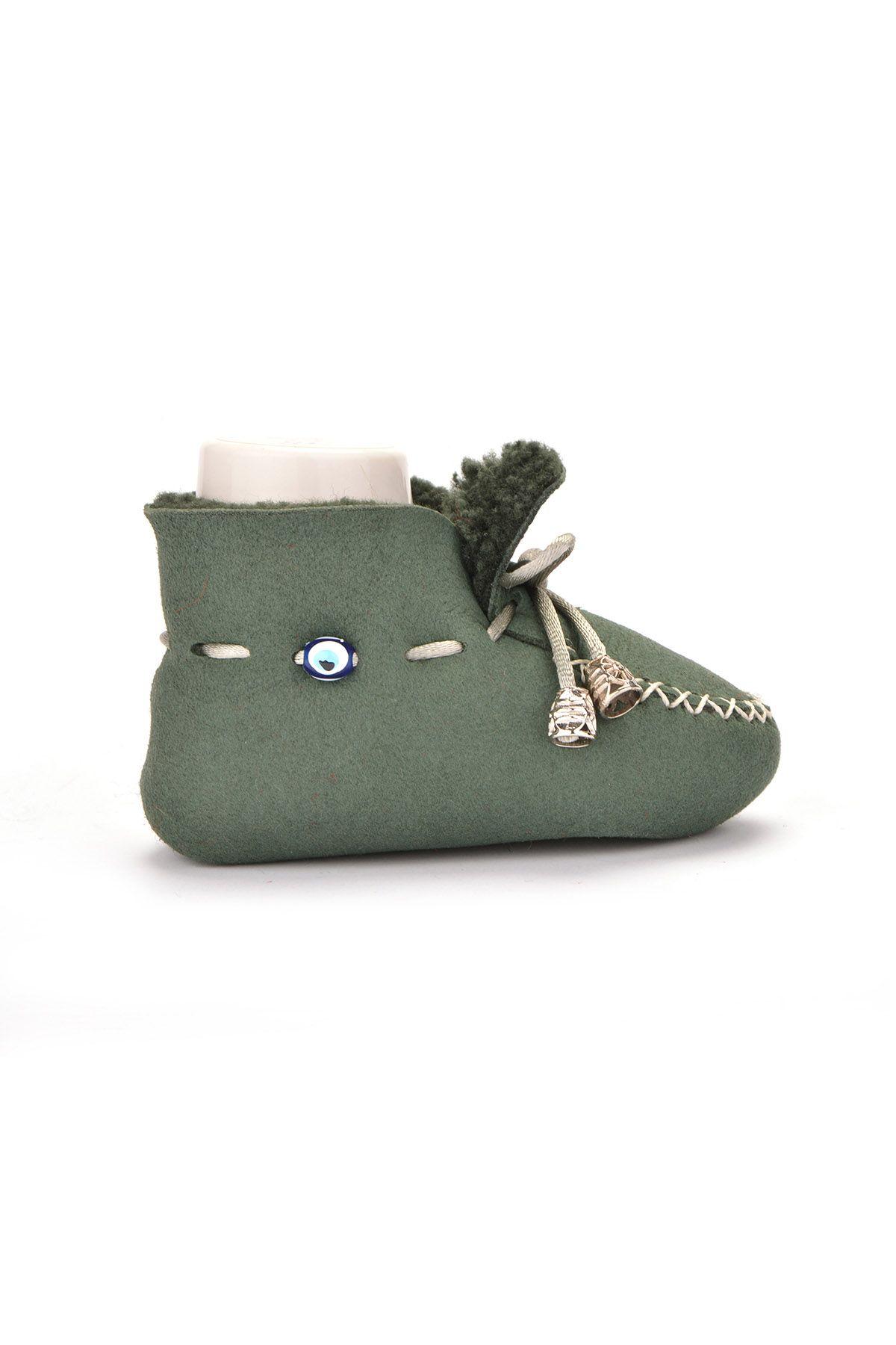 Pegia Hakiki Kürklü Bağcıklı Bebek Patiği Yeşil