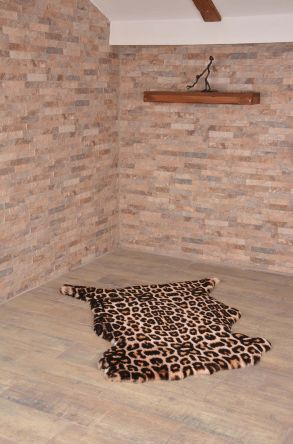 Erdogan Deri Decorative Sheepskin Rug With Leopard Pattern Natural