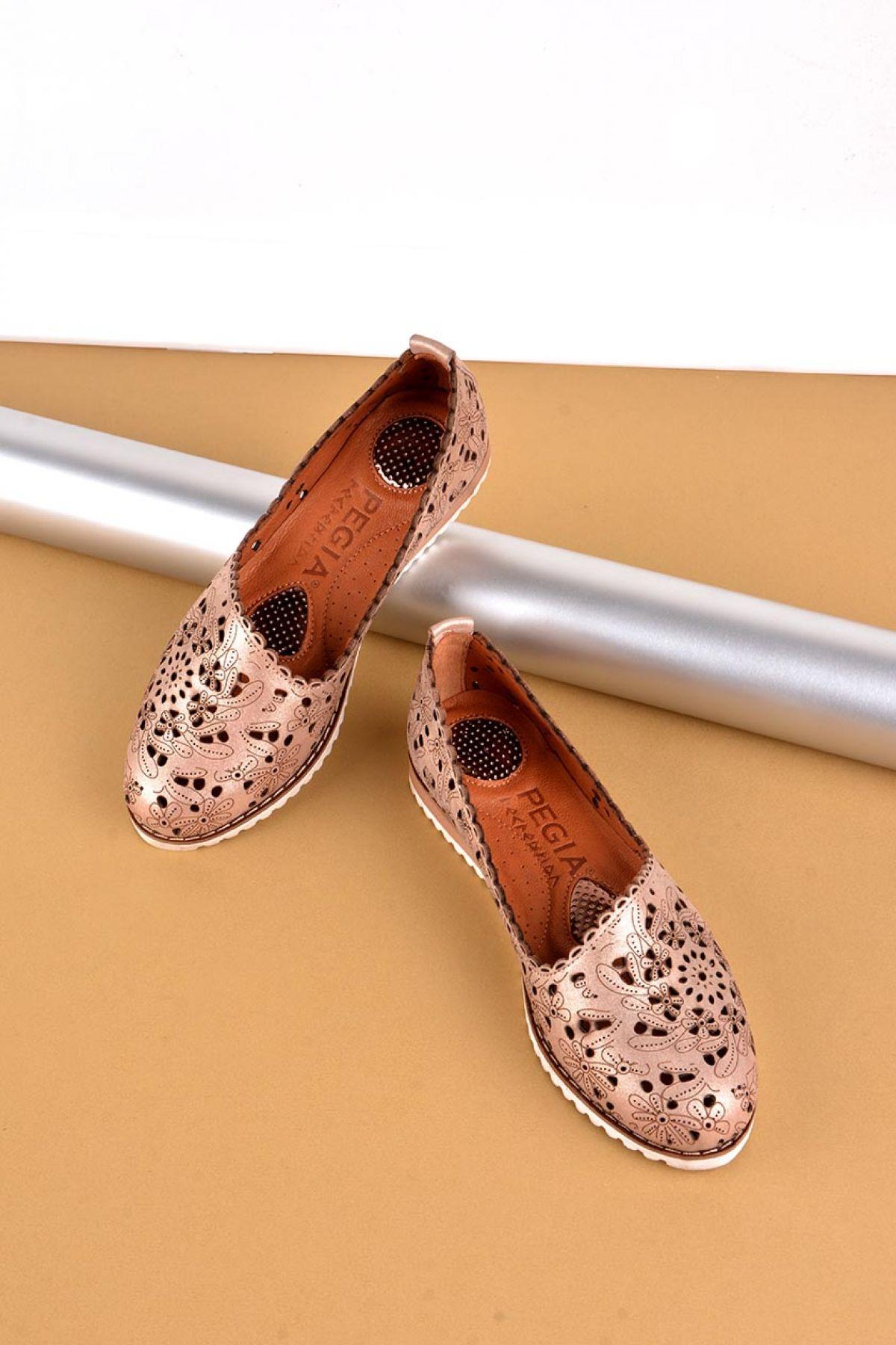Pegia Hakiki Deri Bayan Ayakkabı REC-141 Bronz