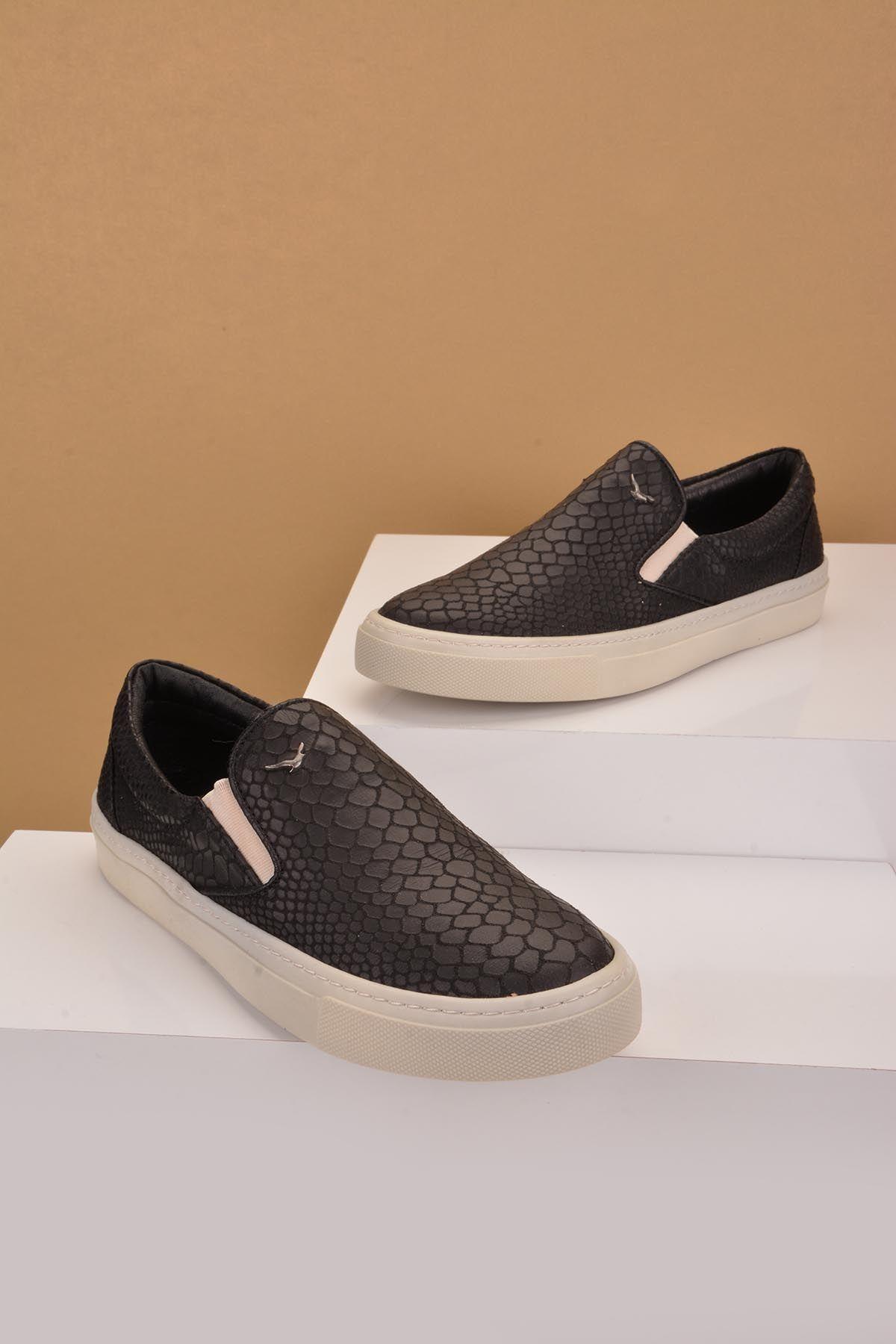 Art Goya Women Sneakers With Snake Pattern Black